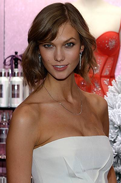 Victoria's Secret Angels Celebrate Holiday 2013
