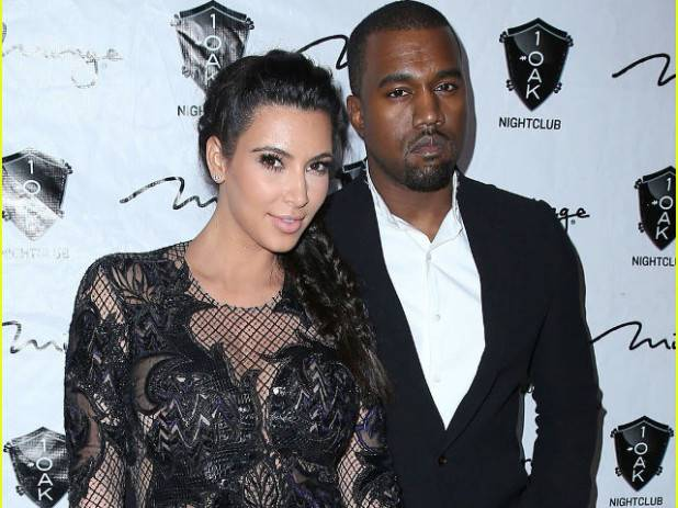 pregnant-kim-kardashian-kanye-west-new-years-eve-red-carpet-06