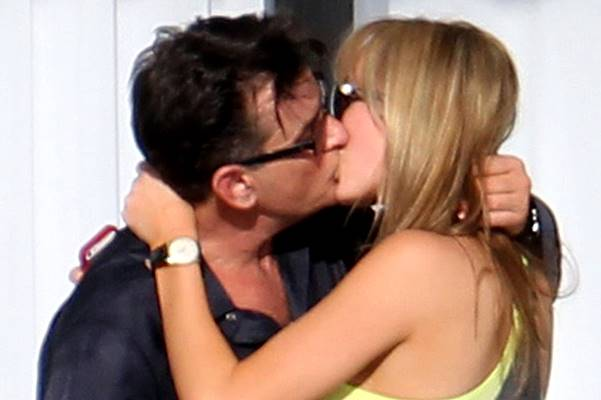 *EXCLUSIVE * Charlie Sheen locks lips with Adult film star Brett Rossi **USA ONLY** **NO WEB until 4PM EST**