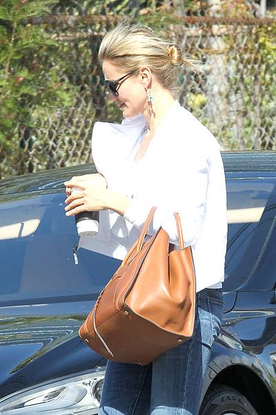 *EXCLUSIVE* Cameron Diaz takes care of business in Westwood