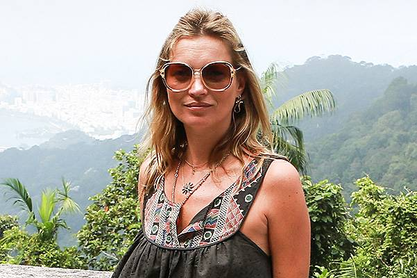 Kate Moss and Lila Grace get a Bird's Eye View of Rio - Part 2 **NO UK**