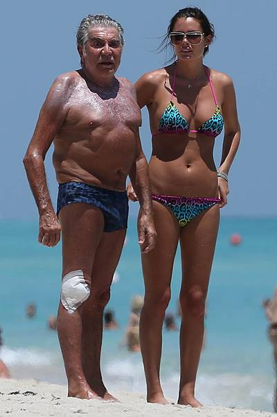 EXCLUSIVE: Roberto Cavalli is seen with his wife as they enjoy a sunny day in Miami Beach