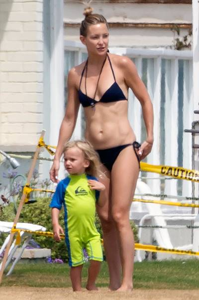 EXCLUSIVE: Kate Hudson having fun on the beach with her son in Malibu
