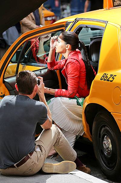 Adriana Lima takes her Brazilian beauty to the streets - Part 2