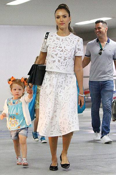 Jessica Alba and family visiting the Hammer Museum in Westwood