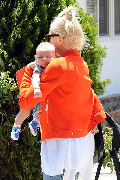 Gwen Stefani takes baby Apollo to the park with Gavin Rossdale in Los Angeles, CA