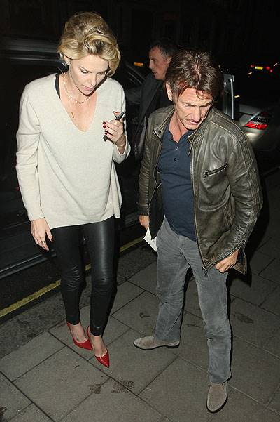 Sean Penn and Charlize Theron return to their London Hotel