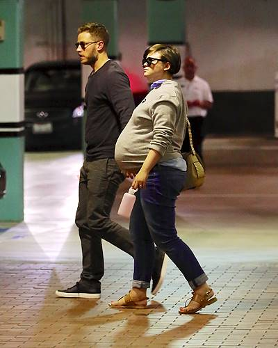 Heavily Pregnant Ginnifer Goodwin Visits Doctors On Her 35th Birthday