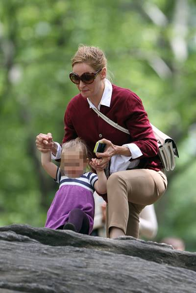 EXCLUSIVE: Uma Thurman brings kids Maya Thurman-Hawke, Levon Thurman-Hawke and baby Luna Busson to Central Park in New York City