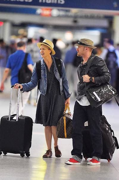 EXCLUSIVE: Robin Wright and fiance Ben Foster take a train out of New York in Penn Station