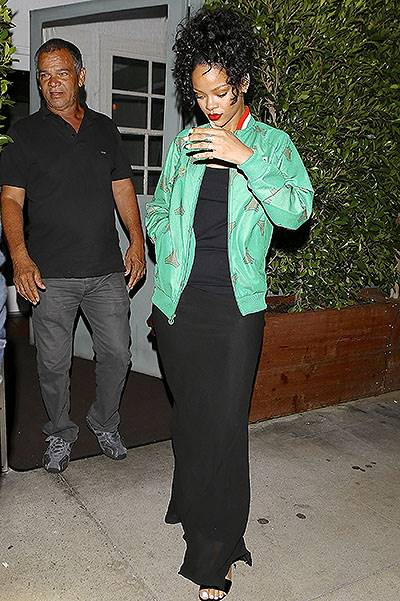Rihanna takes her father for dinner at Giorgio Baldi restaurant after BET Awards