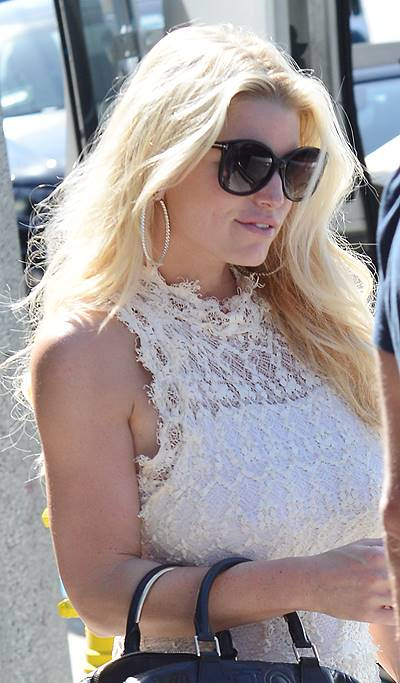 EXCLUSIVE: Jessica Simpson looking very fashionable and in shape as she leaves a meeting with the event planners for her upcoming wedding in Los Angeles, CA *PREMIUM RATES APPLY*