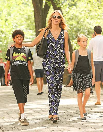 Heidi Klum spotted smiling as holding hands with daughter Leni and son Henry, after visiting Central Park Zoo in New York City