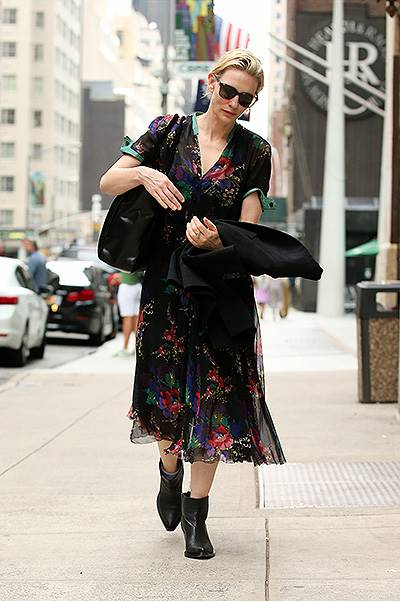 Cate Blanchett arrives at the stage door for a rehearsal of 'The Maids' at New York City Theatre on August 3, 2014 in New York City