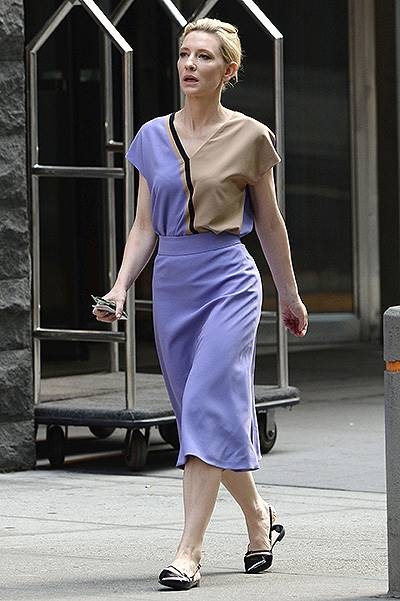 Cate Blanchett goes out for a walk in Midtown Manhattan