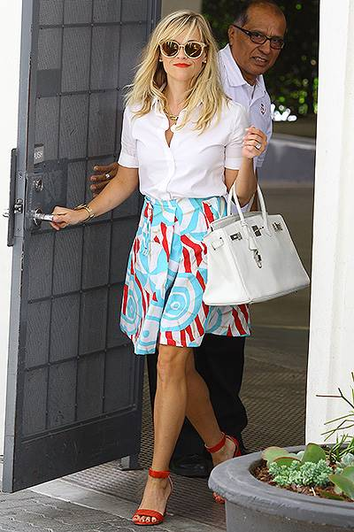 Reese Witherspoon returns to Los Angeles after vacationing in the Caribbean Featuring: Reese Witherspoon Where: Los Angeles, California, United States When: 21 Aug 2014 Credit: WENN.com