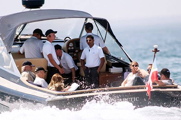 EXCLUSIVE: **PREMIUM RATES APPLY** Miranda Kerr and James Packer vacation on his super yacht in Spain on August 13