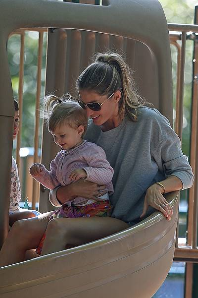 Gisele Bundchen and Tom Brady take the kids to the playground for some fun in downtown Boston, MA