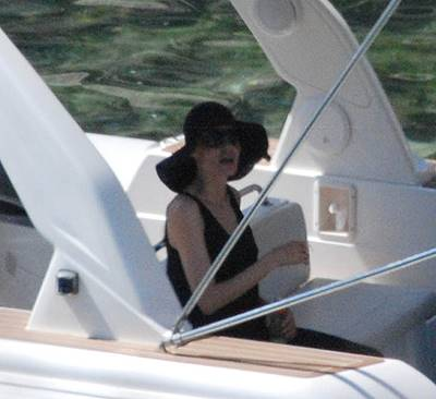 Angelina Jolie seen with 'wedding ring' for the first time days after marriage to Brad Pitt