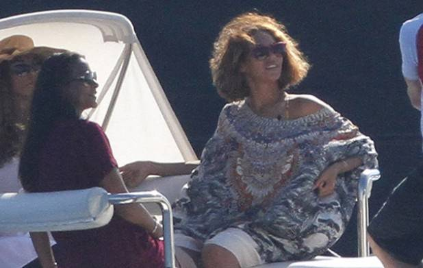 EXCLUSIVE - Beyonce celebrates her birthday with Jay-Z and Blue Ivy in South of France. Beyonce wears a loose dress, is she pregnant of her second child ?