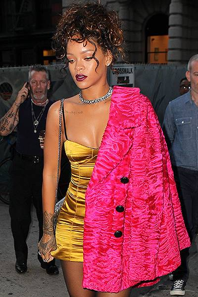 Rihanna dresses up for dinner