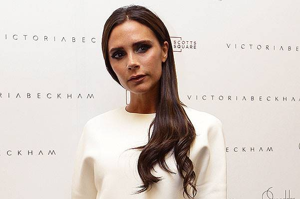 Victoria Beckham Visits On Pedders Store In Singapore