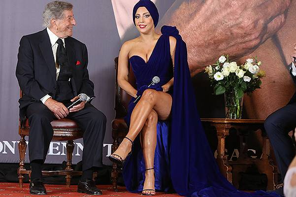 Lady Gaga And Tony Bennet : Press Conference At City Hall In Brussels