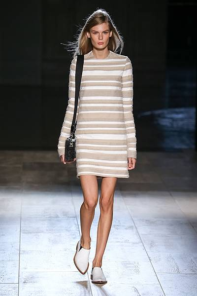 Mercedes-Benz New York Fashion Week Spring 2015 - Victoria Beckham - Runway Where: New York City, New York, United States When: 07 Sep 2014 Credit: SIPA/WENN.com **Only available for publication in Germany**