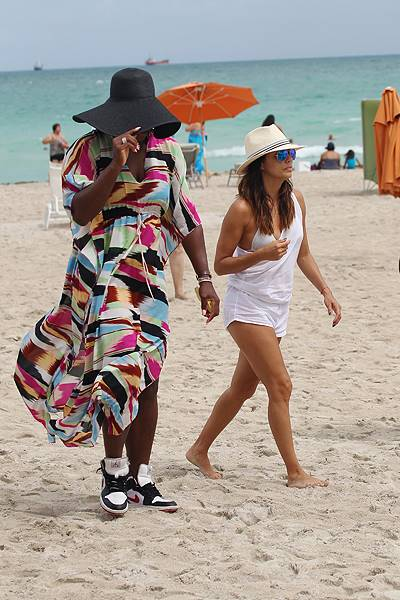 New BFF's Eva Longoria and Serena Williams spend a day at the beach in Miami