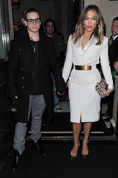 Jennifer Lopez holding hands with her boyfriend Casper Smart as they leave their London hotel Featuring: Jennifer Lopez,Casper Smart Where: London, England, United Kingdom When: 30 May 2013 Credit: Karl Piper/WENN