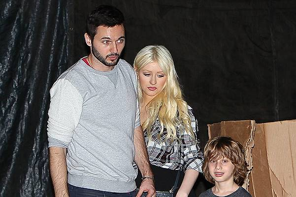 Christina Aguilera and Matt Rutler seen taking Max Bratman to Mr.Bones for some late night pumpkin and Halloween shopping. Featuring: Matt Rutler,Christina Aguilera,Max Bratman Where: Los Angeles, California, United States When: 25 Oct 2014 Credit: Micha