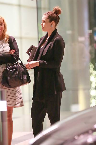 *EXCLUSIVE* A beaming Jessica Biel steps out for a meeting after news that she's pregnant **WEB EMBARGO UNTIL 11:30 AM PST 11/07/14** *MUST CALL FOR PRICING*