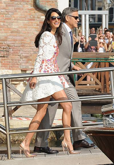 George Clooney and his new wife Amal Alamuddin leave The Aman Canal Grande Hotel for the first time after marrying yesterday (27Sep14) Featuring: Amal Alamuddin,George Clooney Where: Venice, Italy When: 28 Sep 2014 Credit: KIKA/WENN.com **Only available