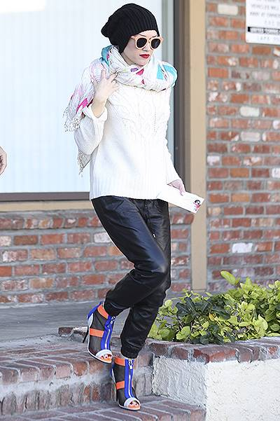Gwen Stefani is seen leaving an acupuncture clinic in Koreatown, CA